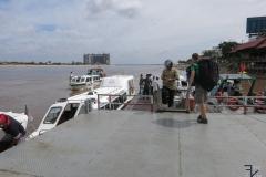 Phnom Penh - Bootsfahrt nach Chau Doc in Vietnam