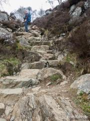 .. und steinigen Stufen ...