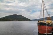 Blick vom Hafen in Inveraray ....