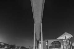 Brücke über die Spree zum Marie-Elisabeth-Lüders-Haus