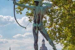 Dresden - Der Bogenschütze im Staudengarten