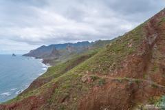 Teneriffa - Wandern im Anagagebirge -Blick zum Roque de las Ánimas in El Cardonal